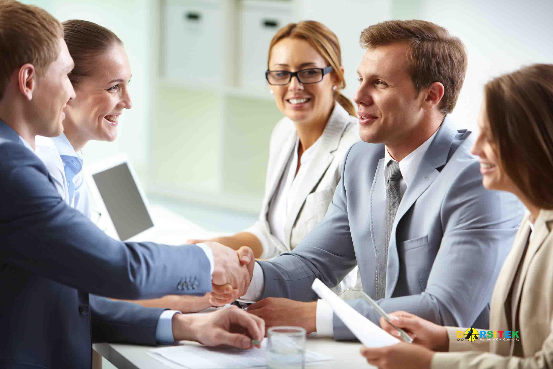 membangun hubungan yang kuat dengan pelanggan