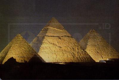 kompleks piramida giza