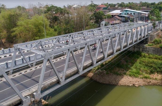 jembatan rangka baja